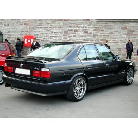 Spoiler alettone BMW Serie 5 E34