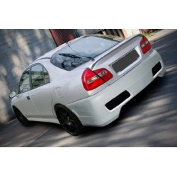 Paraurti posteriore Mitsubishi Carisma 96-99