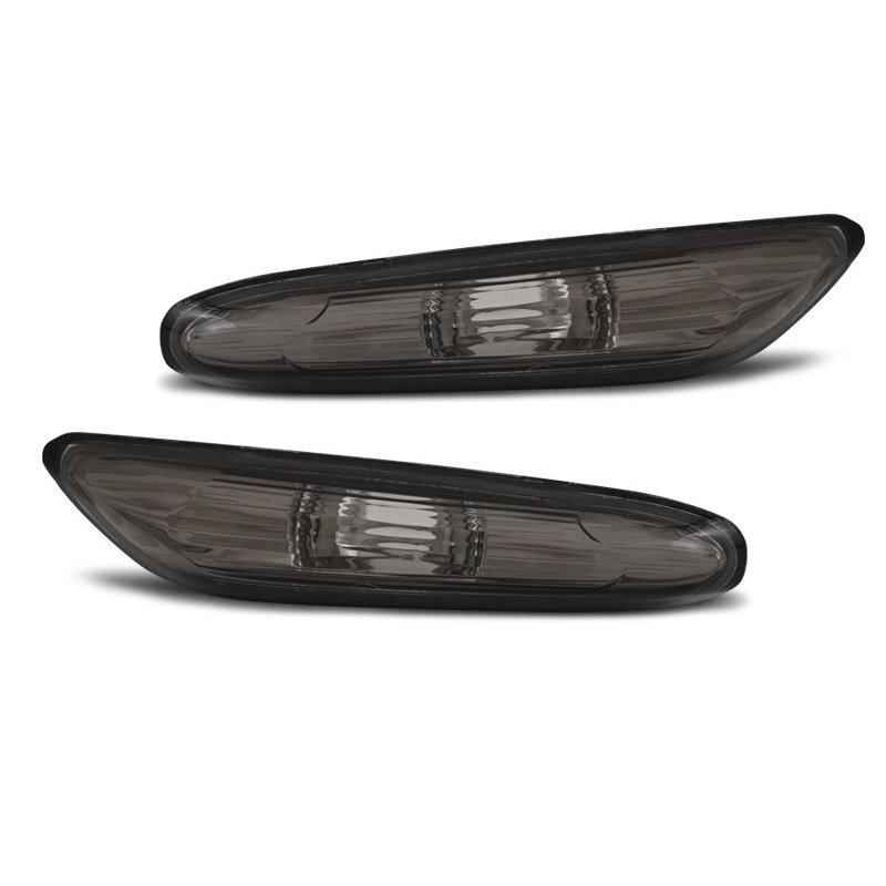 Coppia Frecce laterali fumé  Bmw Serie 1 E87 E81 E82 E88 E92 E93 X1 E84 E90 E91